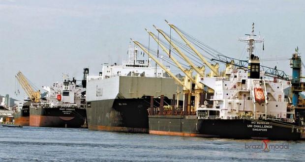 Custo da dragagem cai 22% com privatização, dizem operadores