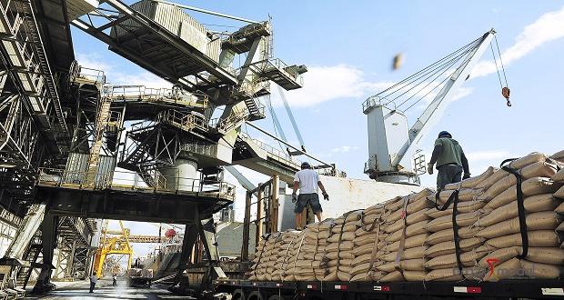 Burocracia para importação e exportação custa US$ 140 bilhões, aponta estudo