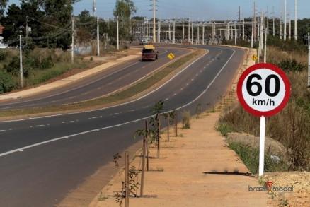 Com logística ruim, frete no Brasil custa 4 vezes mais