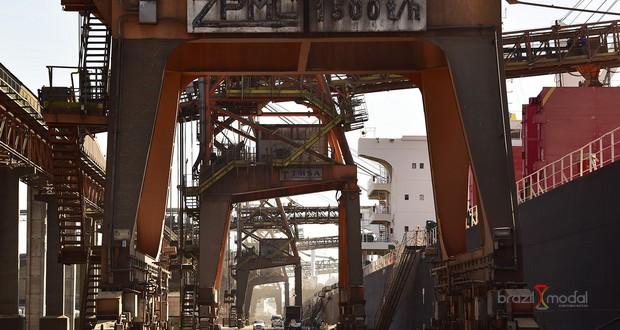 Porto de Paranaguá tem aumento de 14% na movimentação