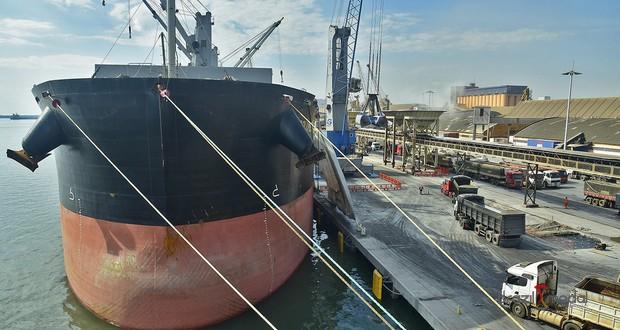 Porto de Paranaguá tem maior movimentação para o mês de setembro